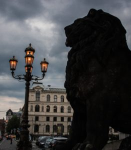 prague-lion-crop